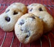 Πανεύκολα cookies βανίλιας με σταγόνες σοκολάτας