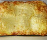Σουφλέ με ψωμί του τόστ τυριά και αλλαντικά