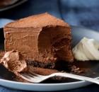 Μους σοκολάτας με μπισκοτένια βάση με 5 μόνο υλικά