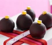 Σοκολατένια τρουφάκια με σοκολάτα με 4 μόνο υλικά