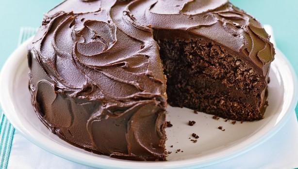 Κέικ σοκολάτας ινδοκάρυδου με γέμιση και επικάλυψη σοκολατένιας βουτυρόκρεμας