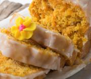 Κέικ καρότου με καρύδια και υπέροχο γλάσο