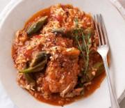 Κοτόπουλο με μπάμιες και ρύζι