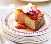 Κέικ αμυγδάλου με φράουλες Amaretto