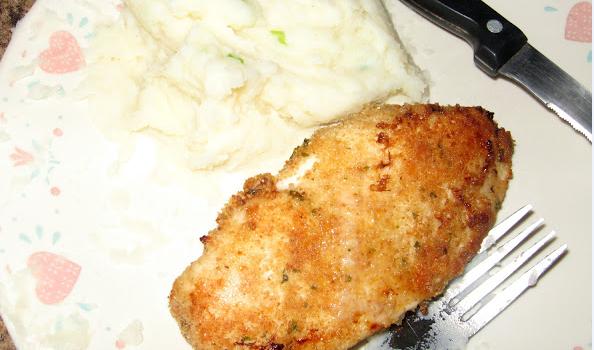 Κοτόπουλο σκορδάτο με κρούστα παρμεζάνας στο φούρνο