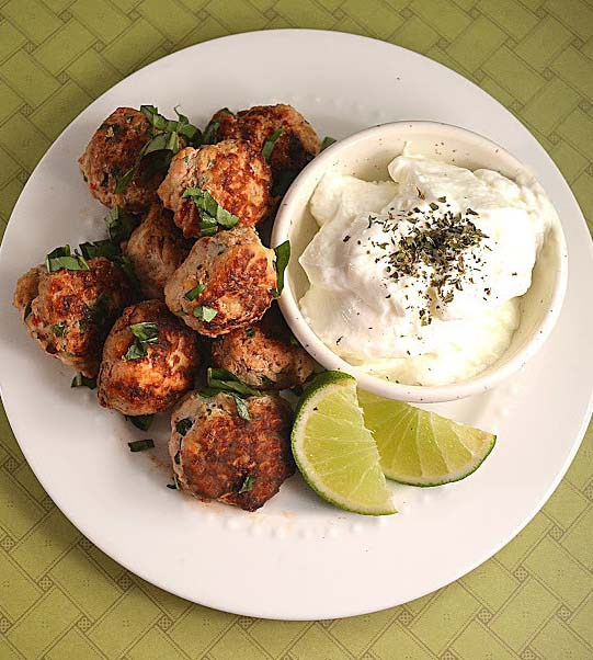 middle-eastern-meatballs1