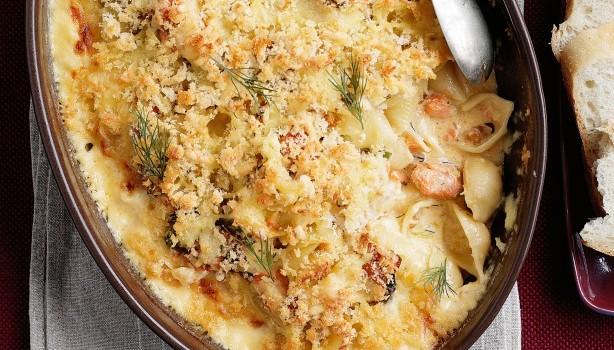 Κοχυλάκι με σολομό σε κρεμώδη λεμονάτη σάλτσα στο φούρνο