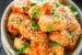 Κοτόπουλο πανέ στο φούρνο με σάλτσα μελιού-σκόρδου