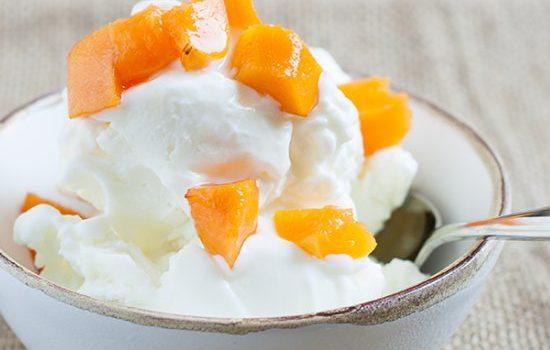 Πανεύκολο παγωτό γιαούρτι