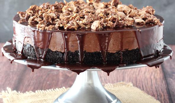 Cheesecake Νουτέλα, με γκανάς Νουτέλας και Ferrero Rocher, χωρίς ψήσιμο