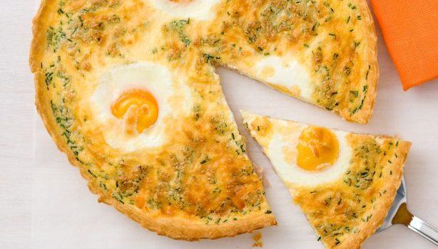 Τάρτα με αυγά μάτια, ζαμπόν και τυριά