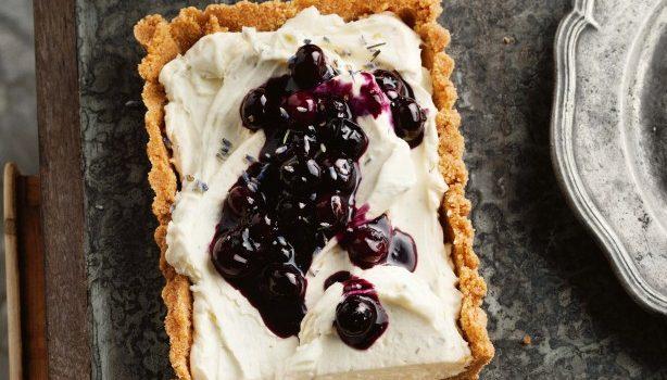 Τάρτα cheesecake βατόμουρου, χωρίς ψήσιμο
