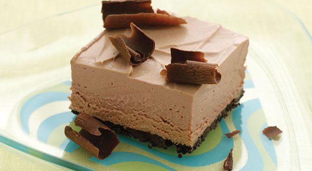 Παγωμένο σοκολατένιο γλύκισμα με ζαχαρούχο γάλα χωρίς ψήσιμο