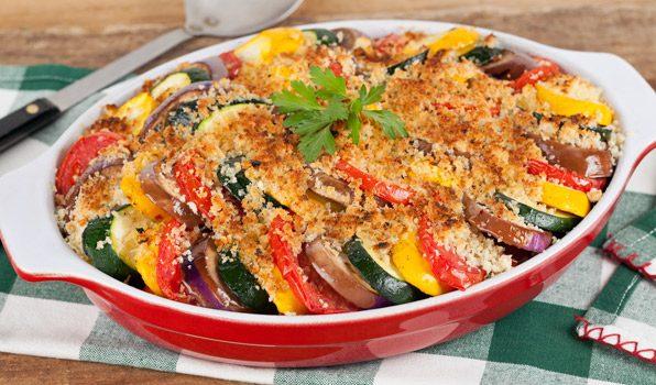 Ρατατούιγ (μπριάμ) λαχανικών στο φούρνο