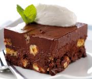 Σοκολατένιο γλύκισμα ψυγείου με γιαούρτι και Tia Maria