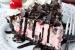 Τούρτα παγωτό με κεράσια μαρασκίνο και σοκολάτα