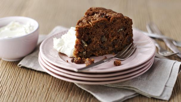 Σοκολατένιο κέικ με μήλα