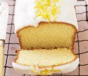 Κέικ με γιαούρτι και γλάσο λεμονιού