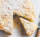 Αφράτο κέικ αμυγδάλου με ρικότα