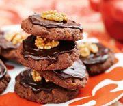 Τραγανά μπισκότα με γλάσο ζάχαρης