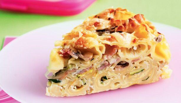 Πίτα με κοχυλάκι, ζαμπόν, τυριά και λαχανικά