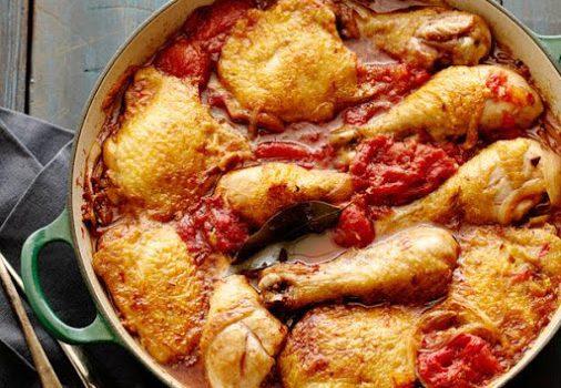 Μπουτάκια κοτόπουλου με σάλτσα ντομάτας