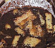 Σοκολατένιος κορμός ψυγείου με μπισκότα και σοκολάτα Snickers (Video)