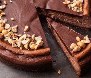 Cheesecake με πραλίνα φουντουκιού
