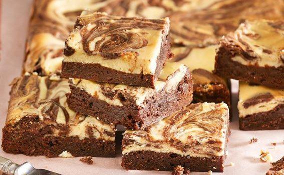 Brownie Μερέντας με επικάλυψη κρέμας τυριού
