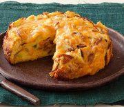 Στράτα με ψωμί του τοστ, μπέικον και τυριά