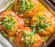 Ντομάτες γεμιστές με κους κους