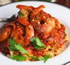 Γαρίδες πικάντικες φλαμπέ, Fra Diavolo, με λιγκουίνι