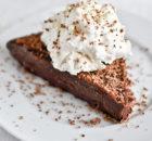Σοκολατένιο γλύκισμα με Bailey's με 3 υλικά, χωρίς ψήσιμο