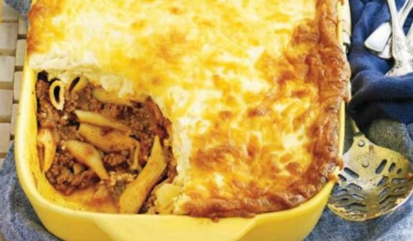 Πέννες με κιμά και κρέμα τυριού στο φούρνο