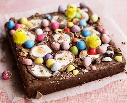 Πασχαλινό μπράουνις με σοκολατένια αυγουλάκια