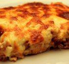 Κοτόπουλο με πατάτες σουφλέ με μπεσαμέλ και τυρί (Video)