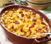 Κοραλάκι σε κρεμώδη σάλτσα τυριών και μπέικον στο φούρνο