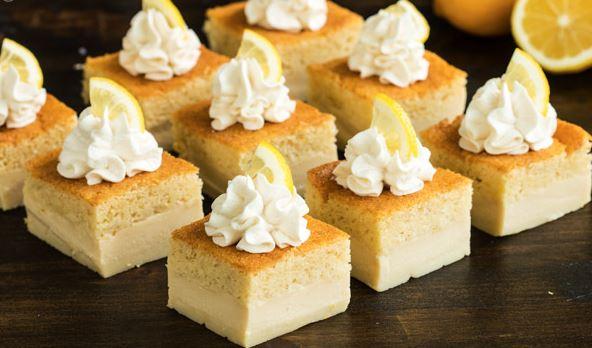Μαγικό κρεμώδες κέικ με άρωμα λεμονιού (Video)