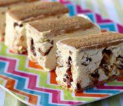Πανεύκολο παγωτό σάντουιτς με 4 υλικά (video)
