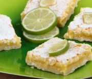 Υπέροχο γλυκό με λάιμ, ινδοκάρυδο και ζαχαρούχο γάλα