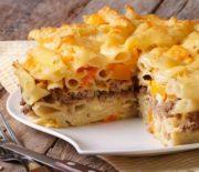 Πέννες με κιμά, πιπεριά και τυρί στο φούρνο