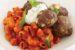 Κεφτεδάκια γεμιστά με φέτα και κοφτό μακαρονάκι σε σάλτσα ντομάτας