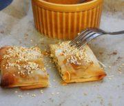 Φέτα με μέλι και ρίγανη σε φύλλο κρούστας