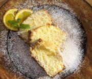 Κέικ με ινδική καρύδα και γάλα καρύδας
