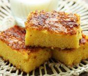 Κέικ με καλαμποκάλευρο γιαούρτι και καραμελωμένη ζάχαρη