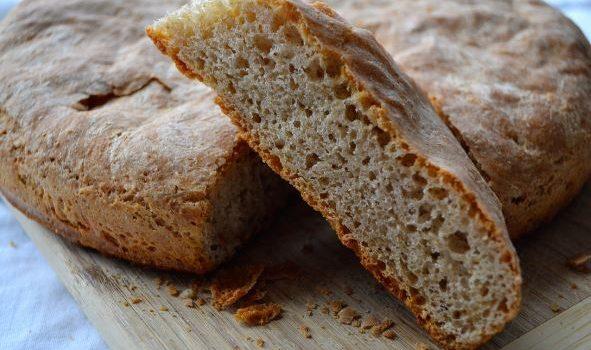 Ψωμί ολικής άλεσης σπιτικό