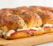 Το τέλειο σάντουιτς με ζαμπόν και τυρί στο φούρνο