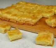 Αλμυρή μπουγάτσα με κρέμα και τυρί (Video)