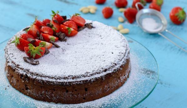 Κέικ σοκολάτας Caprese χωρίς αλεύρι με 5 υλικά (Video)