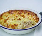Πενάκι με τόνο και σάλτσα τυριού στο φούρνο